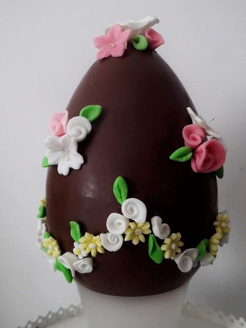 Uovo di pasqua decorato golosissime - Uova di pasqua decorati a mano ...