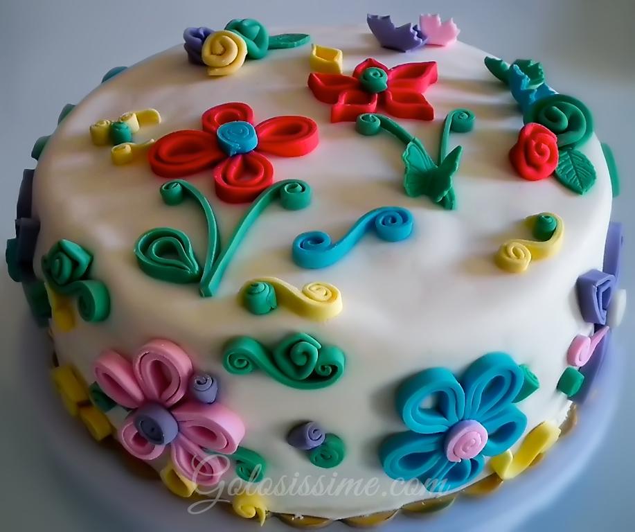 Torta pasta di zucchero quilling golosissime for Pasta di zucchero decorazioni