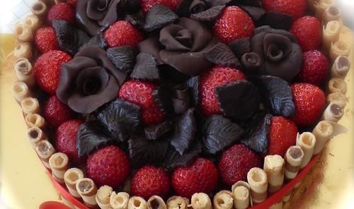 Torta rose cioccolato plastico